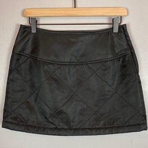 Guess vtg nylon quilted mini skirt 90s black 29